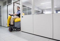 Поломоечные машины для уборки площадей от 3500 кв.м. до 20000 кв.м.